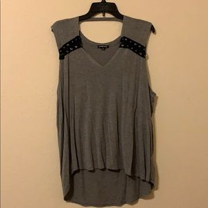 V neck fashion top